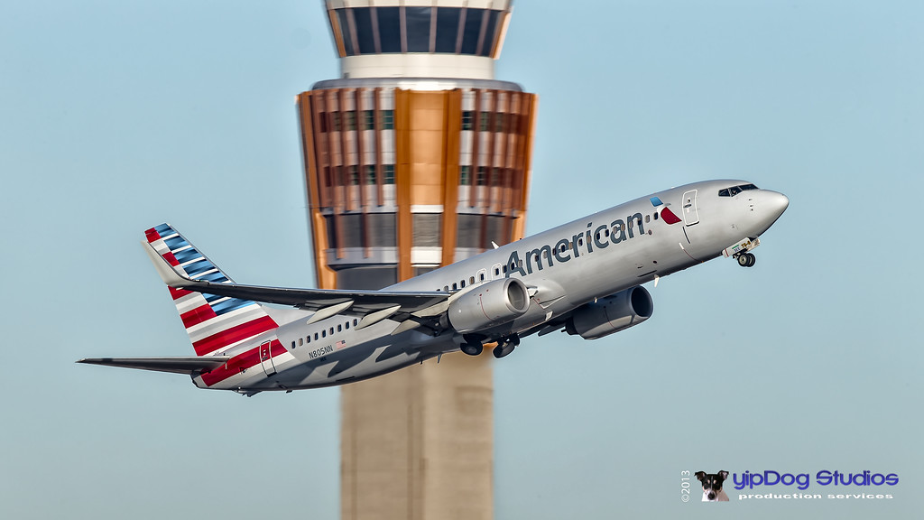IMAGE: http://yipdog.smugmug.com/Airplanes/Commercial-Jets/i-mrm7g7K/0/XL/New-American-XL.jpg
